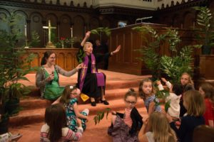 Palm Sunday Children's Time with Amy Miracle and Brittany Porch