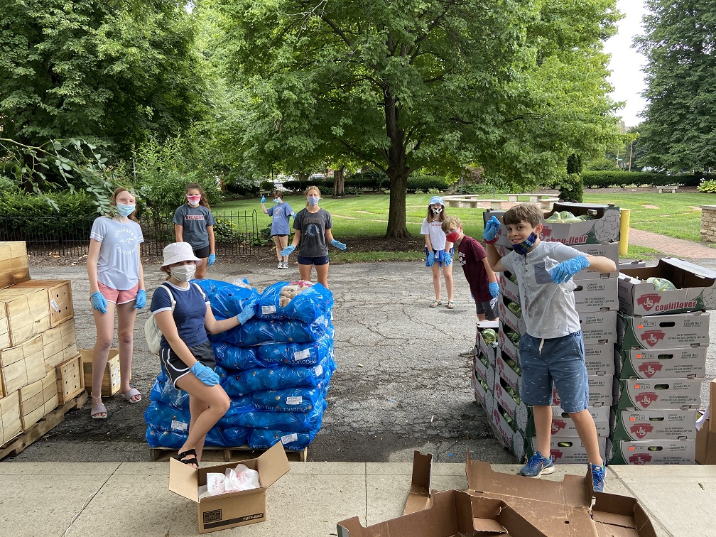 2020 Mission Un-Trip: Middle school and high school youth volunteered at the Broad Street Food Pantry's Free Produce Giveaway in July, 2020.